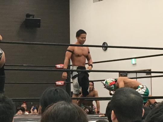 東大阪出身の吉野正人選手