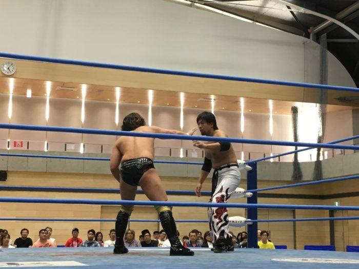 野崎プロレスでおなじみ、我らが織部克己選手